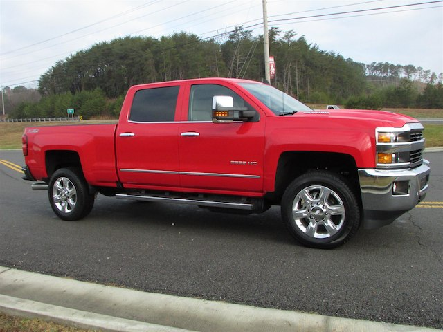 2017 Silverado 2500 Crew Cab 4x4 Pickup #45800 - photo 7