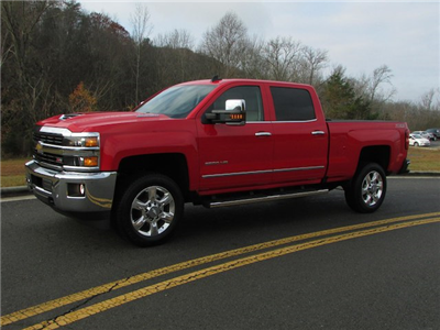 2017 Silverado 2500 Crew Cab 4x4 Pickup #45800 - photo 1