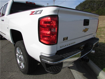 2018 Silverado 2500 Crew Cab 4x4 Pickup #45911 - photo 10