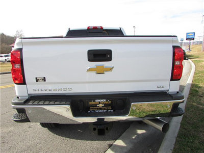 2018 Silverado 2500 Crew Cab 4x4 Pickup #45911 - photo 11