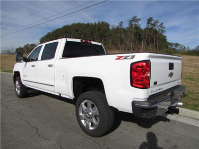 2018 Silverado 2500 Crew Cab 4x4 Pickup #45911 - photo 2