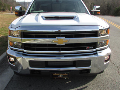 2018 Silverado 2500 Crew Cab 4x4 Pickup #45911 - photo 8