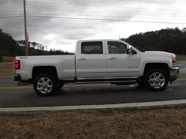 2018 Silverado 2500 Crew Cab 4x4,  Pickup #46023 - photo 6