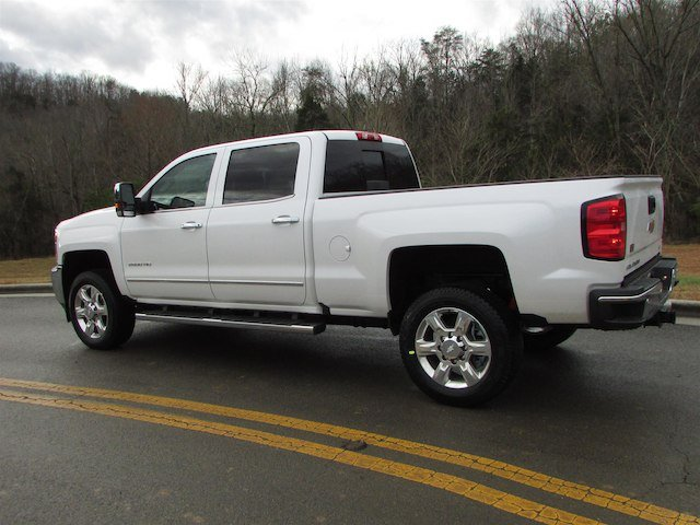 2018 Silverado 2500 Crew Cab 4x4, Pickup #46029 - photo 2
