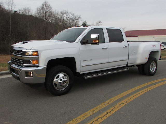 2018 Silverado 3500 Crew Cab 4x4,  Pickup #46048 - photo 4