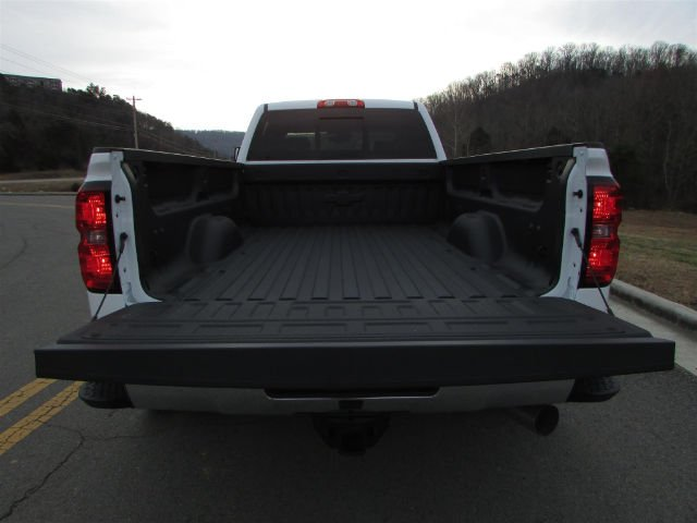 2018 Silverado 3500 Crew Cab 4x4,  Pickup #46048 - photo 11