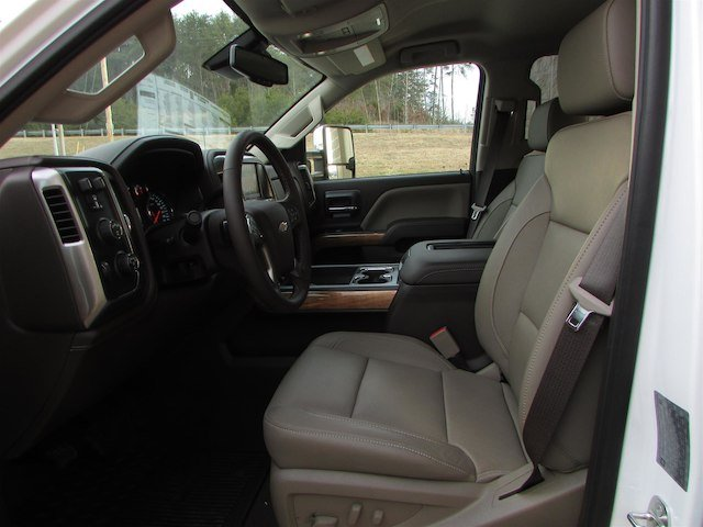 2018 Silverado 3500 Crew Cab 4x4,  Pickup #46048 - photo 15