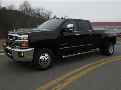 2018 Silverado 3500 Crew Cab 4x4,  Pickup #46053 - photo 4
