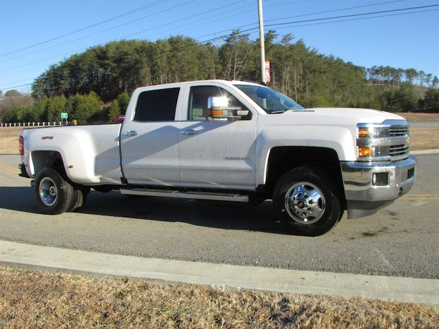 2018 Silverado 3500 Crew Cab 4x4,  Pickup #46078 - photo 8