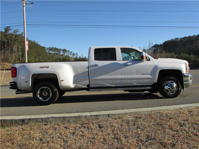 2018 Silverado 3500 Crew Cab 4x4,  Pickup #46078 - photo 7