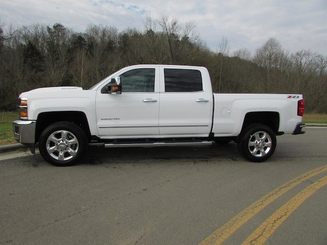 2018 Silverado 2500 Crew Cab 4x4, Pickup #46163 - photo 5