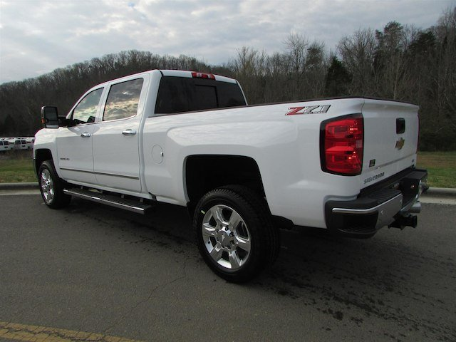 2018 Silverado 2500 Crew Cab 4x4, Pickup #46163 - photo 2
