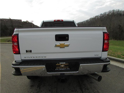 2018 Silverado 2500 Crew Cab 4x4, Pickup #46163 - photo 11