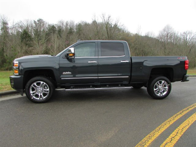 2018 Silverado 2500 Crew Cab 4x4, Pickup #46169 - photo 5