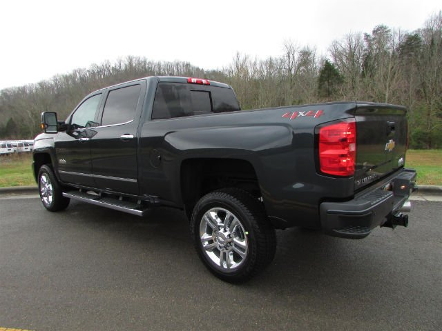 2018 Silverado 2500 Crew Cab 4x4, Pickup #46169 - photo 2