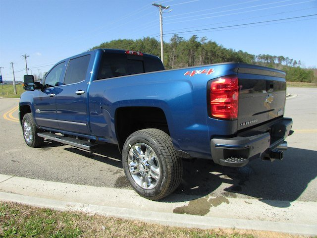 2018 Silverado 2500 Crew Cab 4x4, Pickup #46262 - photo 2