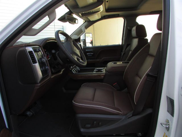 2018 Silverado 3500 Crew Cab 4x4, Pickup #46290 - photo 17