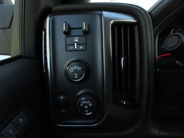 2018 Silverado 1500 Crew Cab 4x4,  Pickup #46331 - photo 21