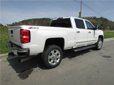 2018 Silverado 2500 Crew Cab 4x4,  Pickup #46473 - photo 5