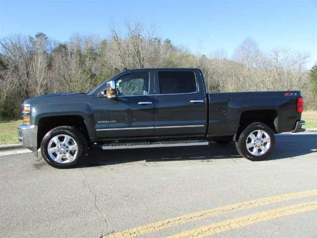 2018 Silverado 2500 Crew Cab 4x4, Pickup #46475 - photo 5