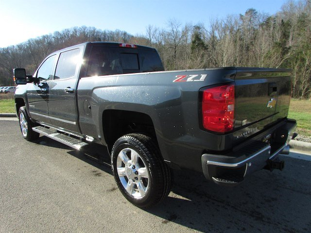 2018 Silverado 2500 Crew Cab 4x4, Pickup #46475 - photo 2