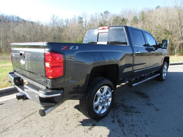 2018 Silverado 2500 Crew Cab 4x4, Pickup #46475 - photo 6