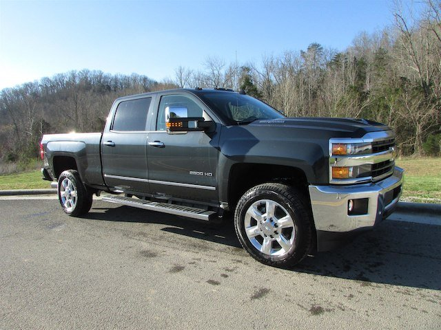 2018 Silverado 2500 Crew Cab 4x4, Pickup #46475 - photo 8