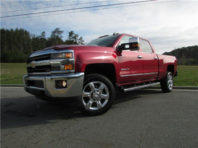 2018 Silverado 2500 Crew Cab 4x4,  Pickup #46516 - photo 2