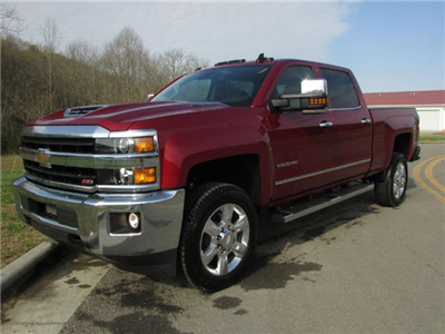 2018 Silverado 2500 Crew Cab 4x4,  Pickup #46516 - photo 3