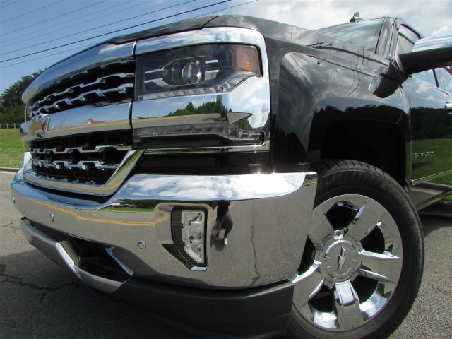 2018 Silverado 1500 Crew Cab 4x4,  Pickup #46795 - photo 9