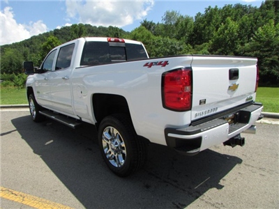 2019 Silverado 2500 Crew Cab 4x4,  Pickup #47007 - photo 2