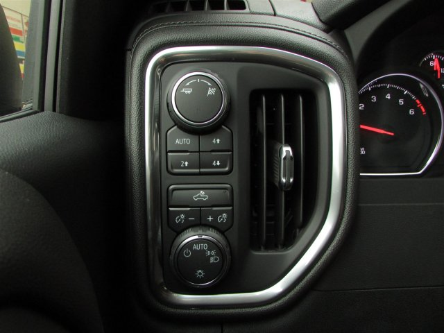 2019 Silverado 1500 Crew Cab 4x4,  Pickup #47110 - photo 21