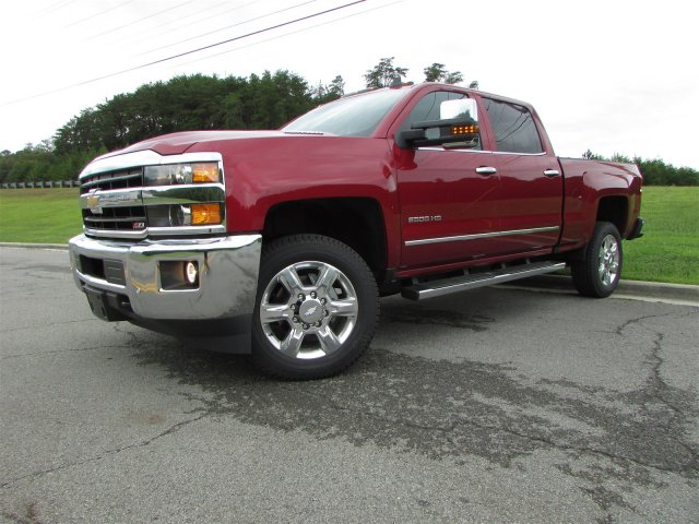 2018 Silverado 2500 Crew Cab 4x4,  Pickup #47121 - photo 3