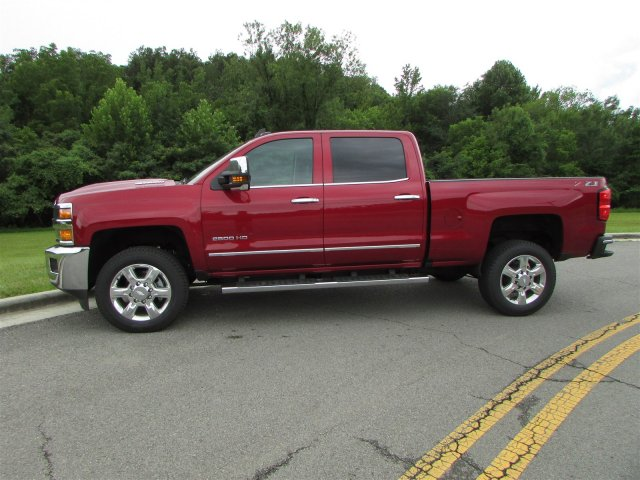 2018 Silverado 2500 Crew Cab 4x4,  Pickup #47121 - photo 5