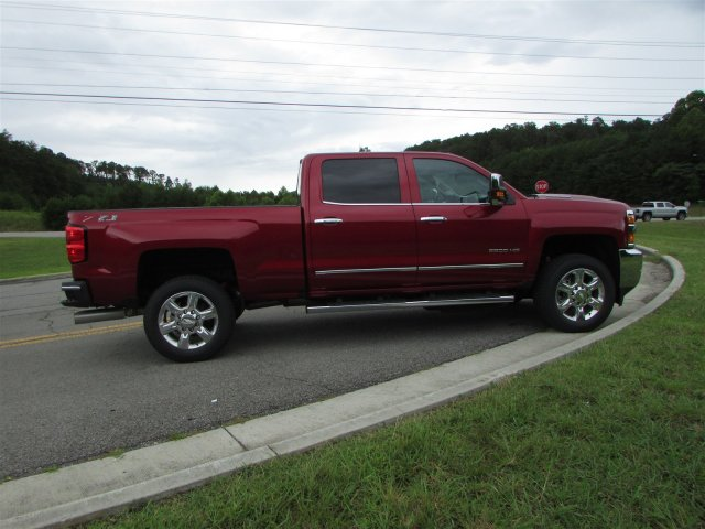 2018 Silverado 2500 Crew Cab 4x4,  Pickup #47121 - photo 7