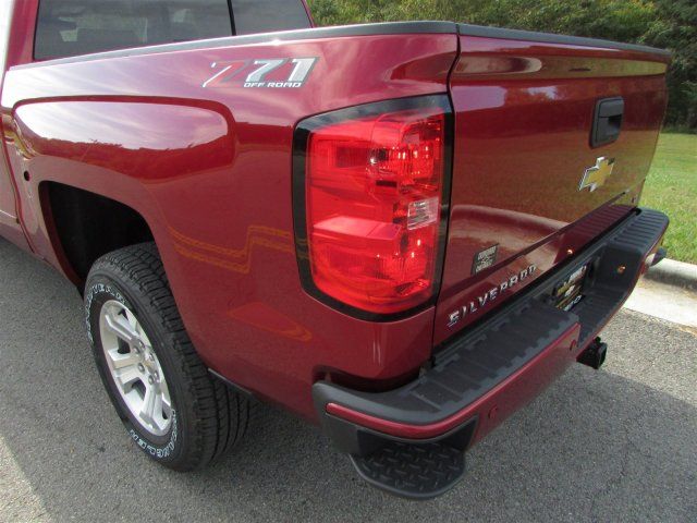 2018 Silverado 1500 Crew Cab 4x4,  Pickup #47375 - photo 16