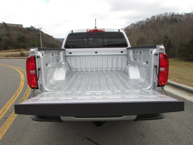 2019 Colorado Crew Cab 4x2,  Pickup #47858 - photo 12