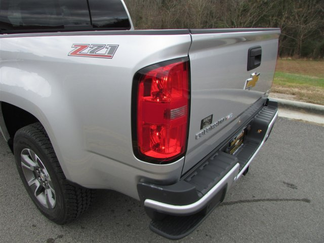 2019 Colorado Crew Cab 4x2,  Pickup #47858 - photo 13