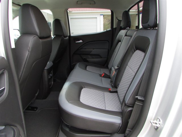 2019 Colorado Crew Cab 4x2,  Pickup #47858 - photo 17