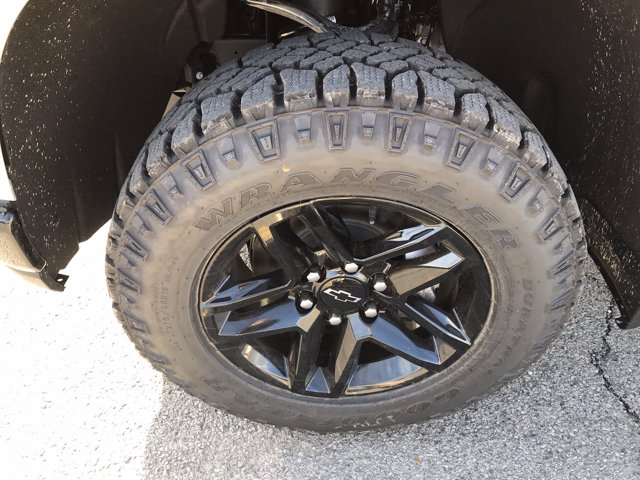 2021 Chevrolet Silverado 1500 Crew Cab 4x4, Pickup #53143 - photo 35