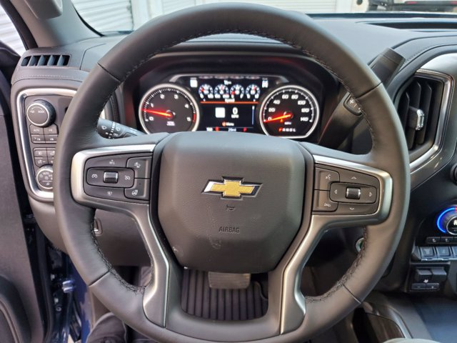 2021 Chevrolet Silverado 2500 Crew Cab 4x4, Pickup #53317 - photo 22