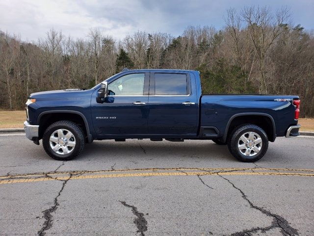 2021 Chevrolet Silverado 2500 Crew Cab 4x4, Pickup #53317 - photo 7