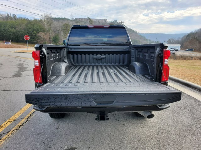 2021 Chevrolet Silverado 2500 Crew Cab 4x4, Pickup #53375 - photo 3