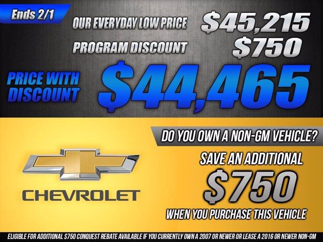 2021 Chevrolet Silverado 1500 Crew Cab 4x4, Pickup #53387 - photo 2