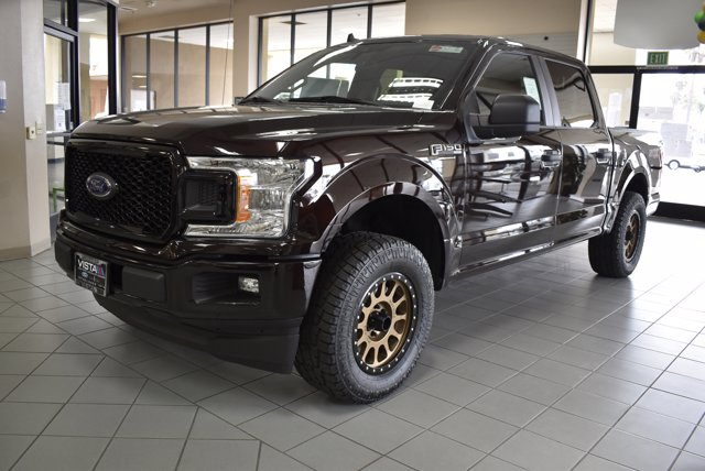 2020 F-150 SuperCrew Cab 4x2, Pickup #F03512 - photo 4
