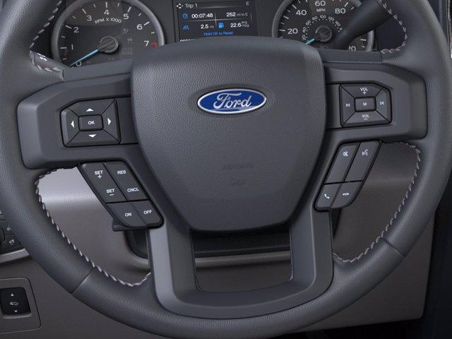 2020 Ford F-150 SuperCrew Cab 4x4, Pickup #F04072 - photo 12