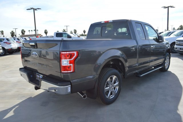 2018 F-150 Super Cab 4x2,  Pickup #F82855 - photo 2