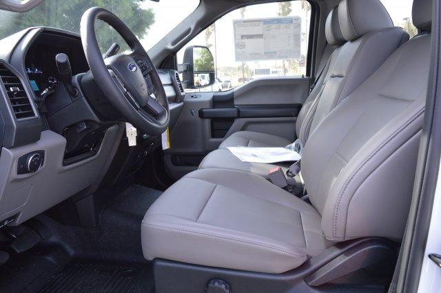 2019 F-550 Regular Cab DRW 4x2,  Cab Chassis #F9C604 - photo 4