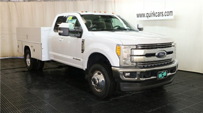 2017 F-350 Super Cab DRW 4x4, Reading Classic II Aluminum  Service Body #F103217 - photo 1