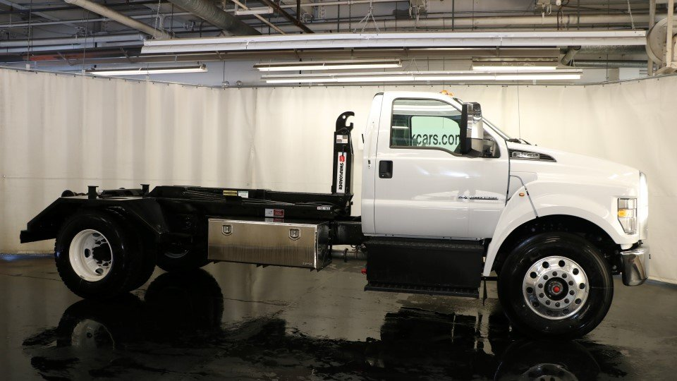 2017 F-650 Regular Cab, Swaploader Other/Specialty #F103781 - photo 3